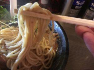 栄龍軒 麺 中太